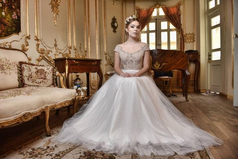 שמלות כלה 2016 - 14 (24) שמלה נשפכת בישיבה