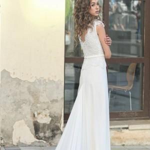 שמלה צנועה עדינה ונוחה במיוחד